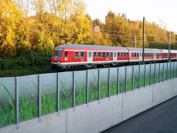 Neckarsulm | Germany: Visual protection fence to partition off railway line with optimal sound-insulating properties